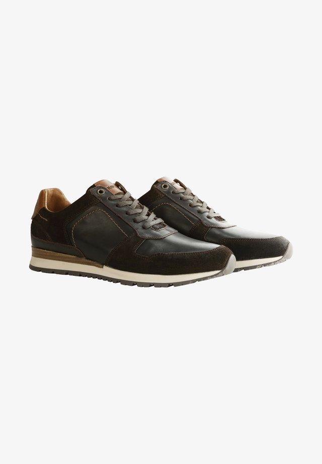 WELTON - Sneakers laag - dark brown