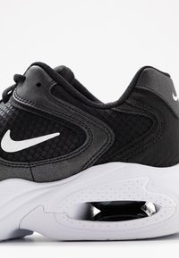 Nike Sportswear - AIR MAX 2X - Sneakers laag - black/white - 6