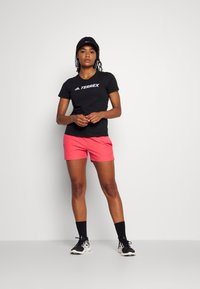 Icepeak - MODICA - Pantaloncini sportivi - hot pink - 1