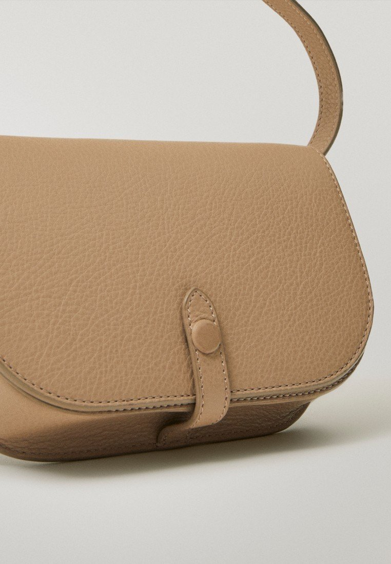 Hot Sale Cool Accessories Massimo Dutti MIT ZWEIFARBIGEM DETAIL  Across body bag beige s0AnDFsq1 5n5j5KceK