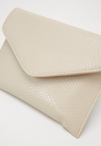 HVISK - EVOLVE BOA - Clutch - cream - 2