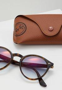 Ray-Ban - Sluneční brýle - havana - 3