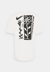 Nike Performance - 90 TEE - T-shirt con stampa - pure - 6
