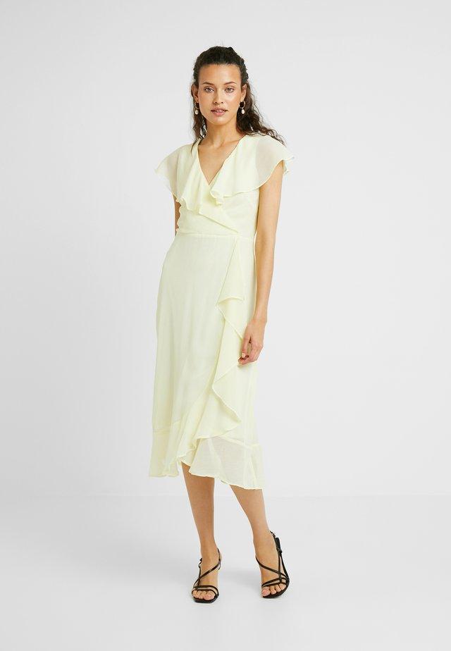 GLITTER DRESS - Sukienka letnia - yellow