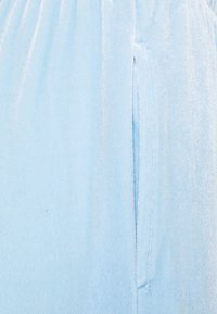 Pieces Petite - PCGIGI PANTS - Tracksuit bottoms - blue bell - 2