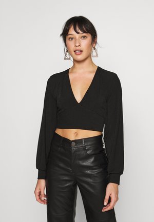 EXCLUSIVE LONGSLEEVE WRAP TOP PETITE - Topper langermet - black