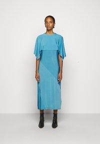 MM6 Maison Margiela - Žerzejové šaty - blue - 0