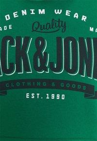 Jack & Jones - Bluza z kapturem - verdant green - 2