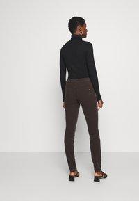 Marc O'Polo - ALBY SLIM - Trousers - dark chocolate - 2