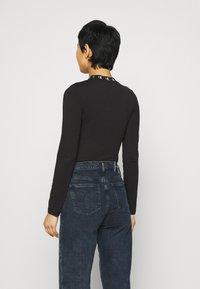 Calvin Klein Jeans - Long sleeved top - ck black - 2