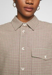 Wood Wood - RITA - Button-down blouse - green - 6