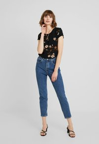 Vero Moda - VMCALLIE BOCA - Blouse - black - 2