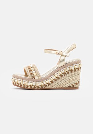 Plateausandalette - gold