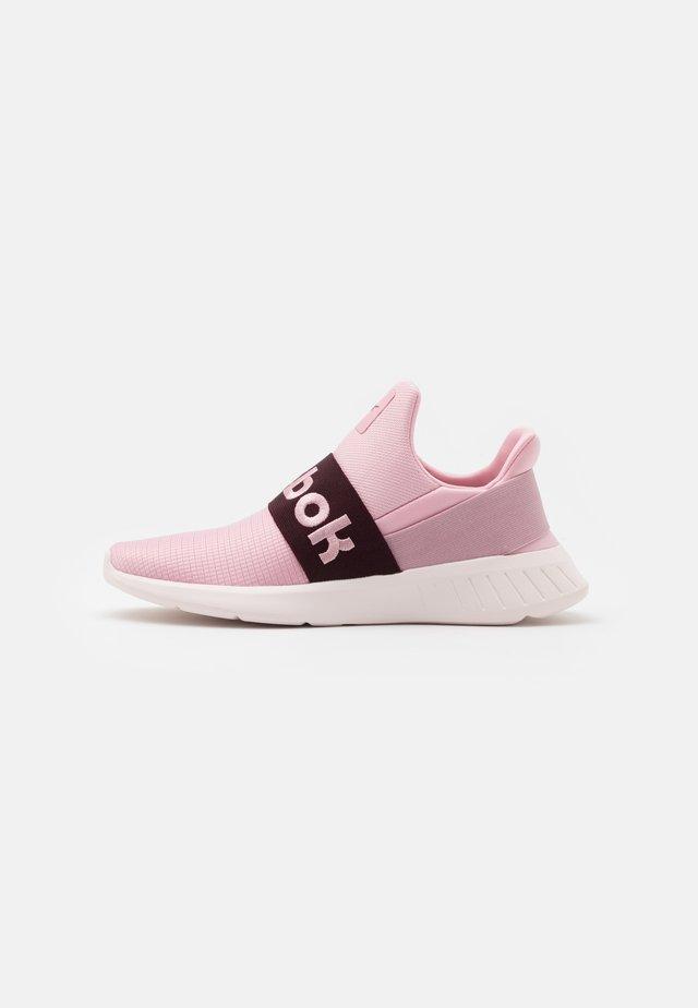 LITE SLIP 2.0 - Zapatillas de running neutras - maroon/pink/glass pink