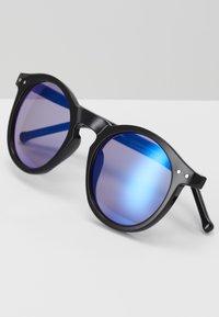 Zign - UNISEX - Sluneční brýle - black/blue - 2