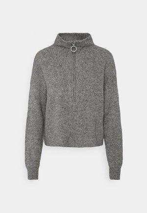 NMNEWALICE HIGH NECK - Stickad tröja - mottled grey