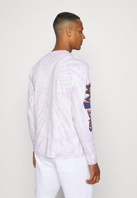 Tommy Jeans - ABO TJU X SPACE JAM TEE UNISEX - Long sleeved top - lilac dawn - 2