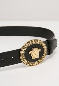 Versace - BELT VITELLO   - Cinturón - nero - 3