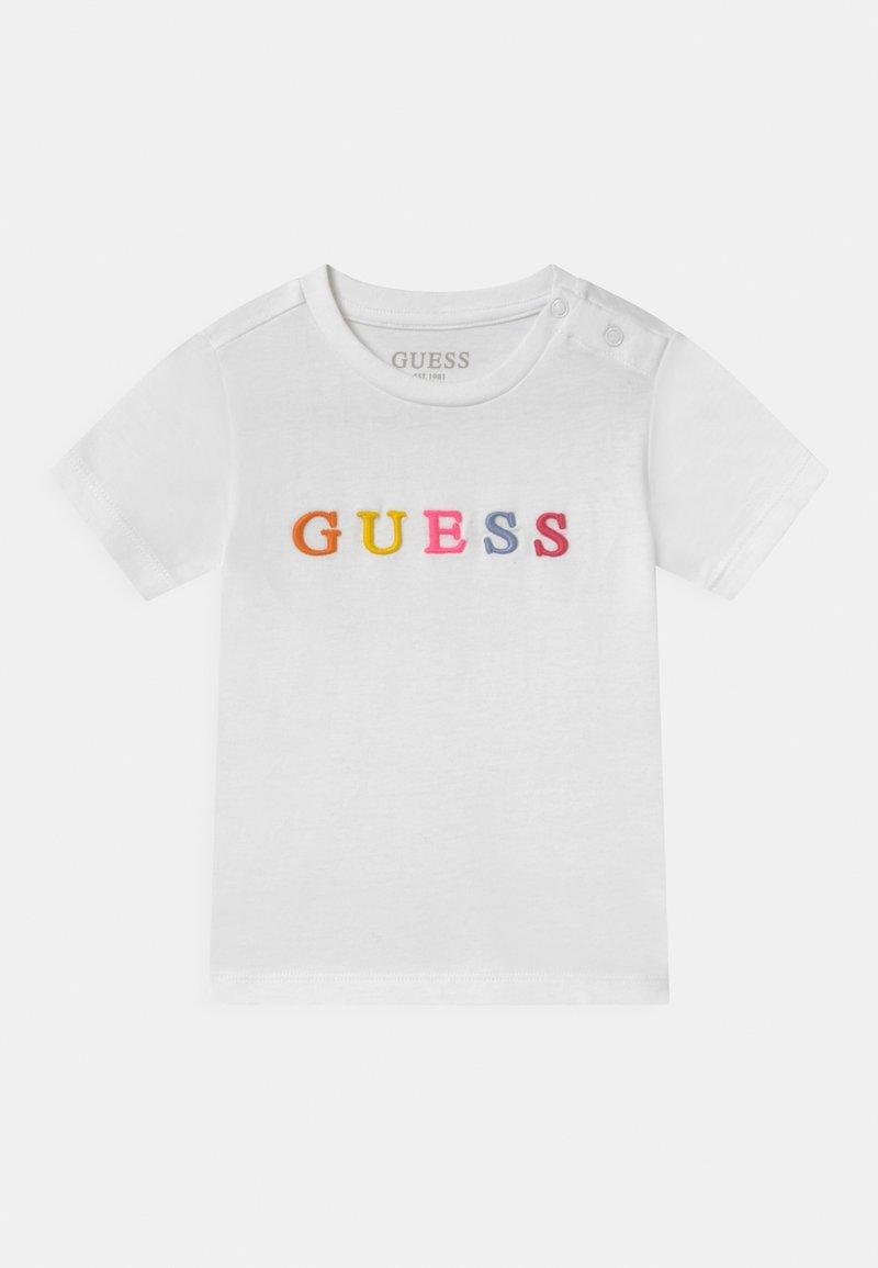 Guess - UNISEX  - Triko spotiskem - true white