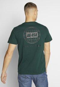American Eagle - TEE CORE BRAND - Print T-shirt - green - 2