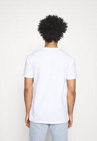 Quiksilver - COMP LOGO  - T-shirt con stampa - white - 2