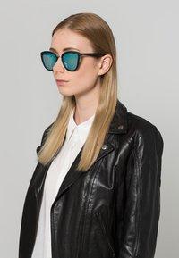QUAY AUSTRALIA - MY GIRL  - Gafas de sol - black - 0