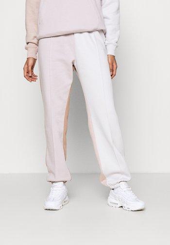Pantalon de survêtement - platinum violet/vast grey