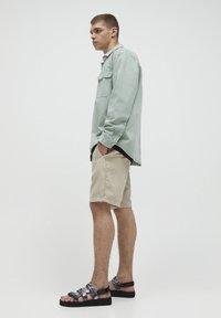 PULL&BEAR - Shorts - beige - 3