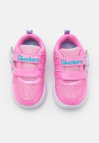 Skechers - COMFY FLEX 2.0 - Sneakers laag - pink - 3