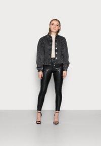 ONLY Petite - ONLZABO BUTTON - Leggings - Trousers - black - 1