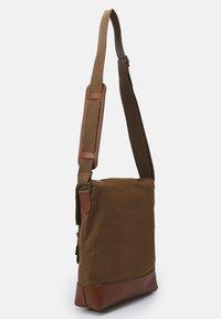 Belstaff - MALCOLM - Across body bag - beige - 1