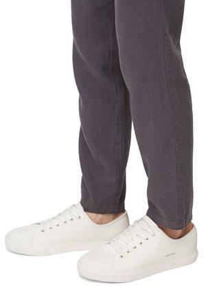 ALEX 1D - Sneakersy niskie - white