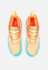 Jordan - WESTBROOK ONE TAKE - Scarpe da basket - melon tint/light liquid lime/hyper crimson