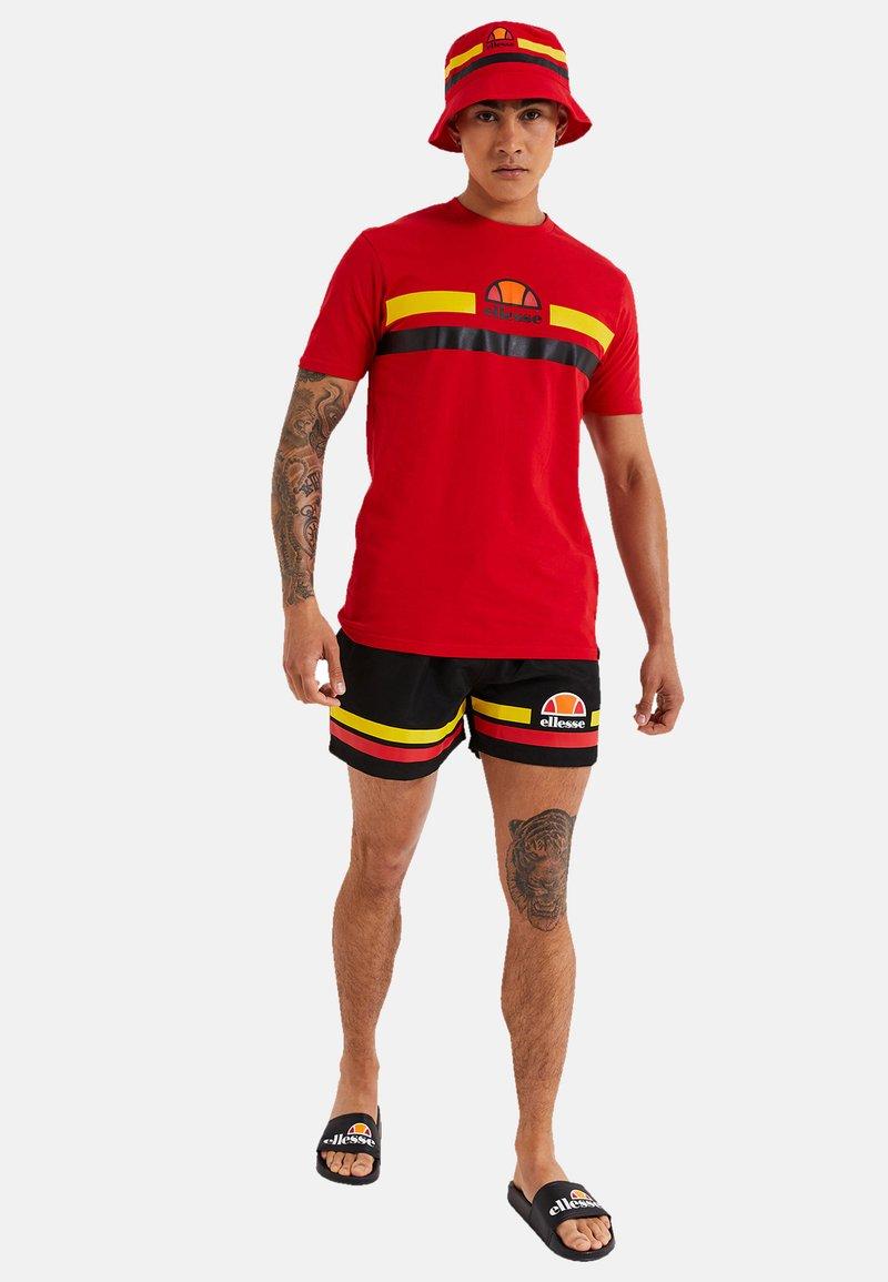 Ellesse - Swimming shorts - schwarz