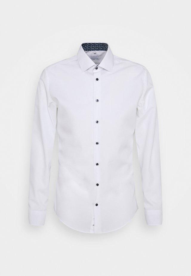 BUSINESS PATCH - Zakelijk overhemd - weiß