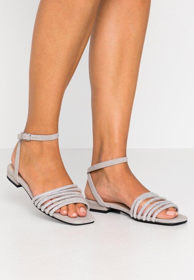 Sandalias - light grey
