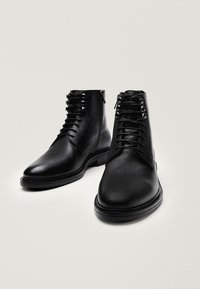 Massimo Dutti - Lace-up boots - black - 6