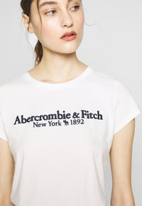 Abercrombie & Fitch - LONG LIFE LOGO - Camiseta estampada - white - 5