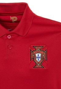 Nike Performance - PORTUGAL  - Club wear - gym red/metallic gold - 2