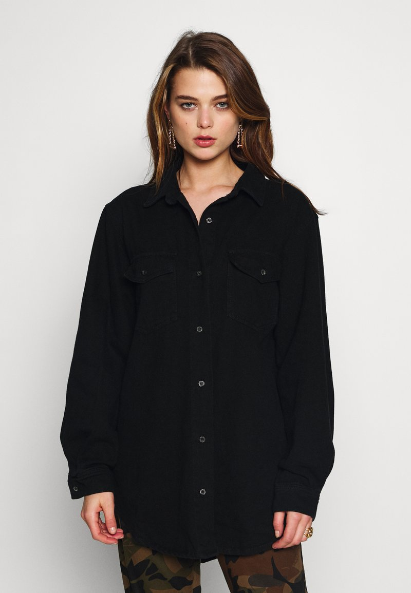 Missguided - BOYFRIEND FIT - Button-down blouse - black