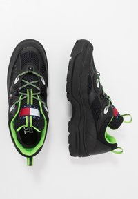 Tommy Jeans - EXPEDITION SHOE - Trainers - black - 1