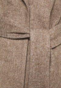 Freequent - FQMACIA POCKET - Classic coat - oxford tan - 2