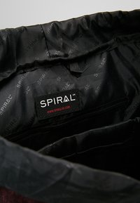 Spiral Bags - TRIBECA - Batoh - crosshatch burgundy - 4