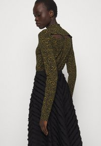 Proenza Schouler White Label - FRINGE FIL COUPE SKIRT - A-line skirt - black - 3