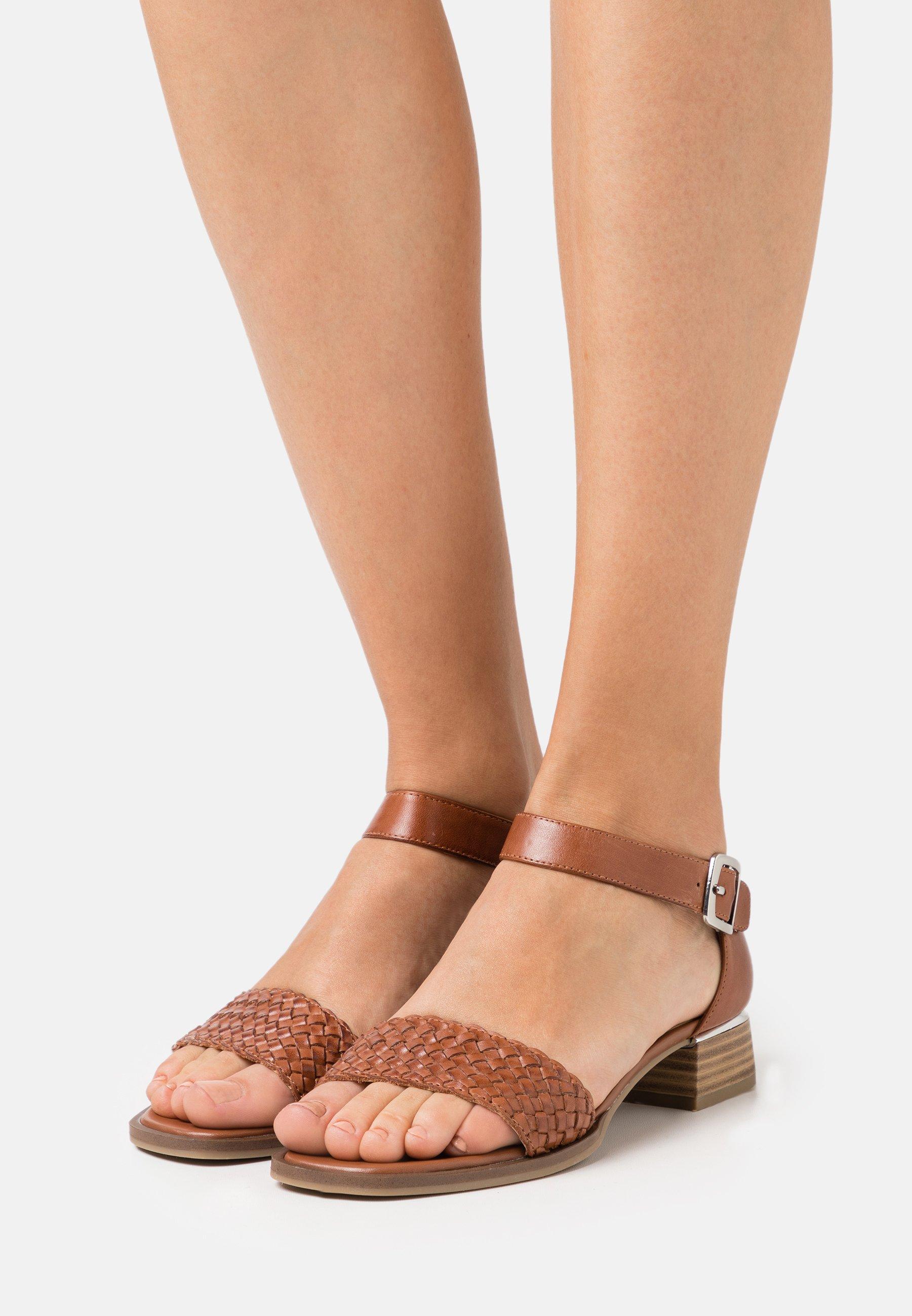 Women Sandals - cognac