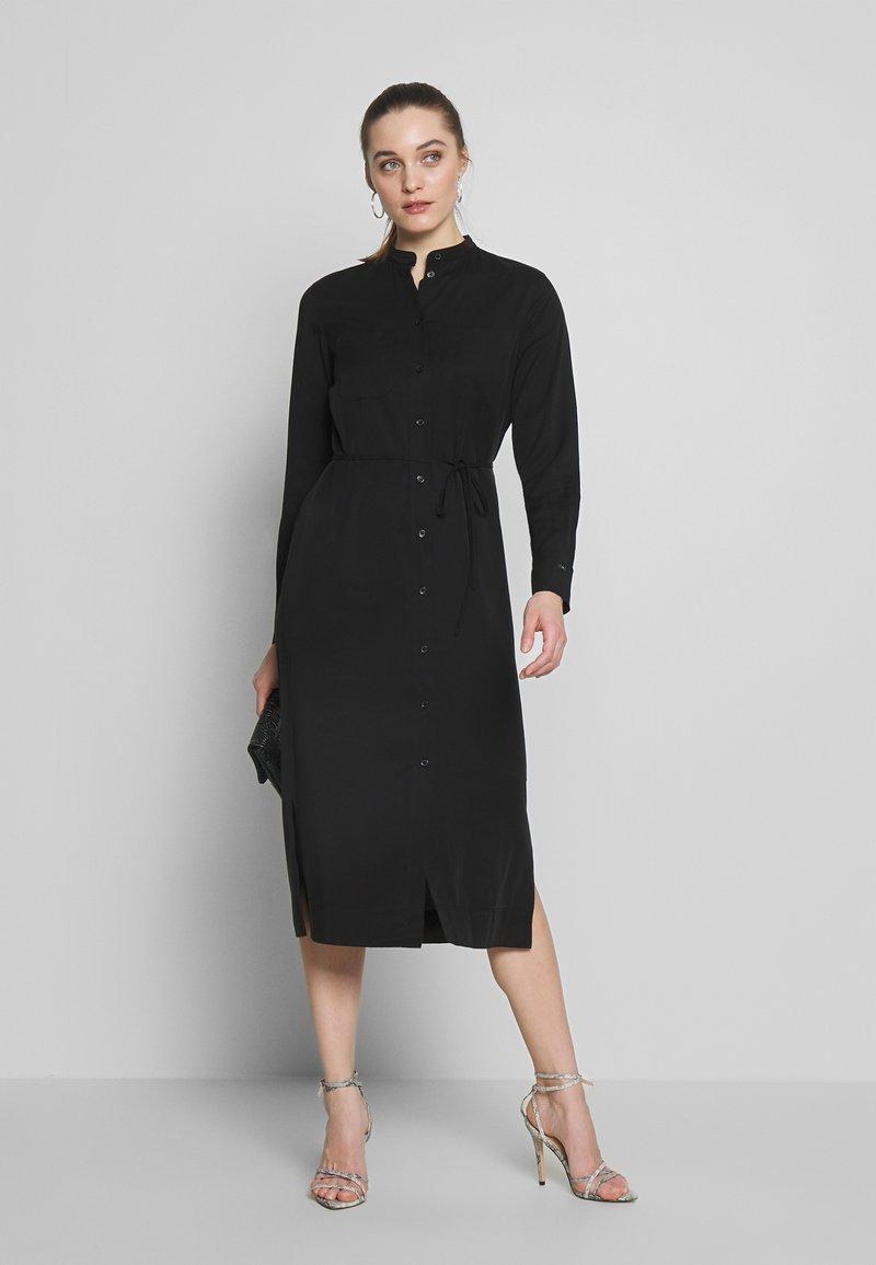 Calvin Klein - BELTED MIDI DRESS - Shirt dress - black