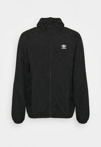 adidas Originals - ESSENTIAL ADICOLOR SLIM - Tunn jacka - black - 4