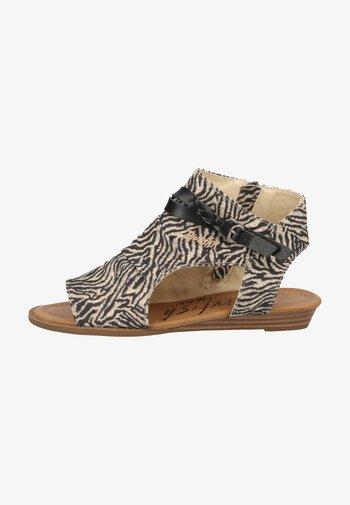 Ankle cuff sandals - zebra safari blanket blackdyecut