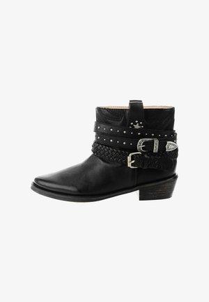 XIRBI - Kovbojské/motorkářské boty - black