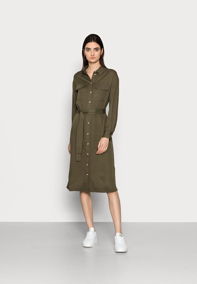 PCGEROMA MIDI SHIRT DRESS - Shirt dress - sea turtle
